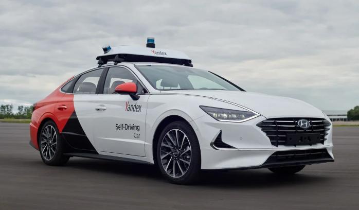 Autonomiczne auta na minuty już w 2020 roku?<BR>W Rosji twierdzą, że tak.